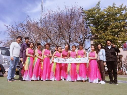 Ban chủ tịch và các thành viên Ban Văn hóa tham gia Lễ hội Sakura