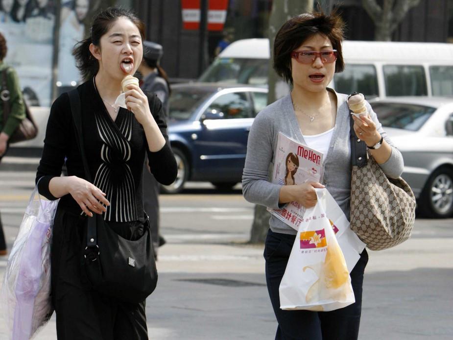 Sống ở Nhật, Không nên vừa đi vừa ăn