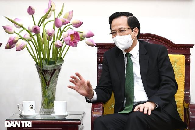 Bộ trưởng Đào Ngọc Dung phát biểu tại buổi tiếp Đại sứ Đặc mệnh toàn quyền Nhật Bản tại Việt Nam (Ảnh: Đỗ Linh).